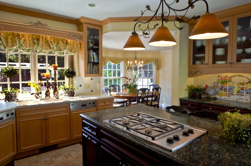 swag valance Kitchen Traditional with accent tiles breakfast nook chandelier crown molding eat in kitchen french kitchen