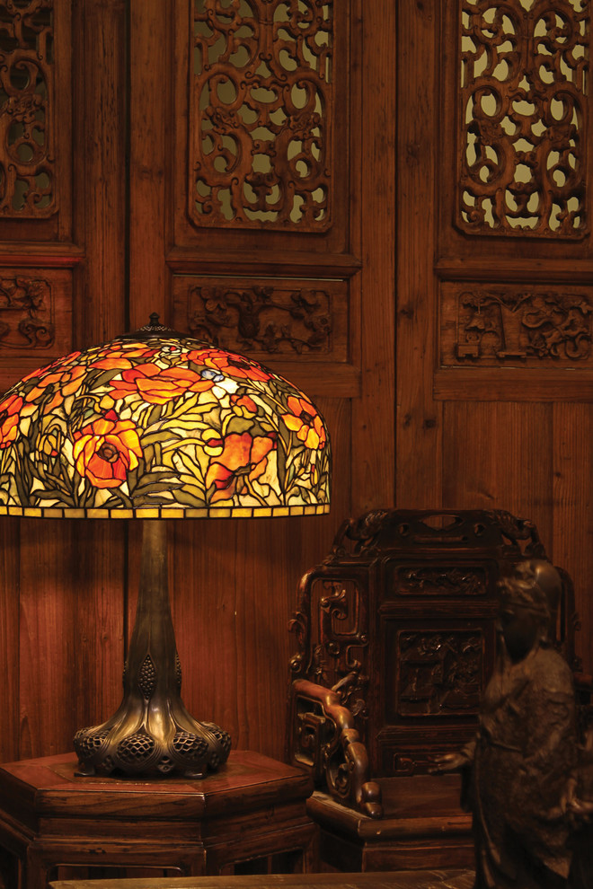Tiffany Table Lamps Living Room Traditional with Antique Furniture Collectible Lamps Fine Art Lamps Gemstone Lamps Table Lamps Poppies2