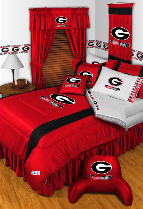Twin Bed Comforters Bedroom Traditional with Bulldogs Bedroom Bulldogs Family Room Georgia Bedding Georgia Bulldogs Bedding Accessories Georgia