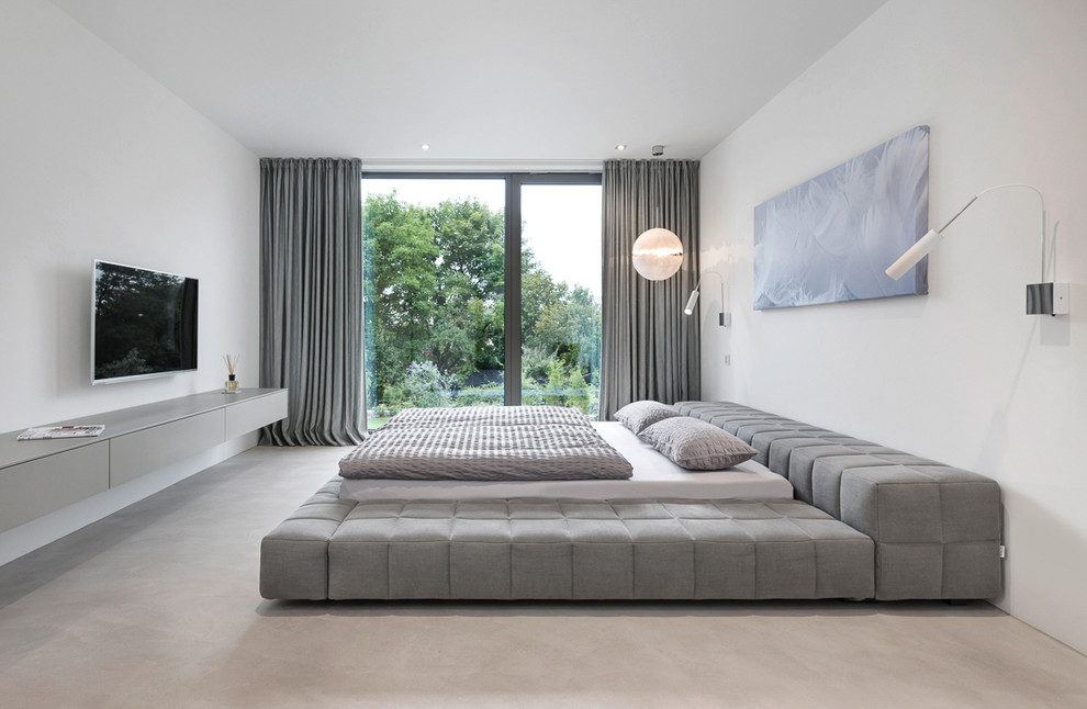 Upholstered Platform Bed Bedroom Contemporary with Fernseher Flachbildfernseher Gesteppt Gray and White Gray Upholstered Platform Bed Riesiges Bett
