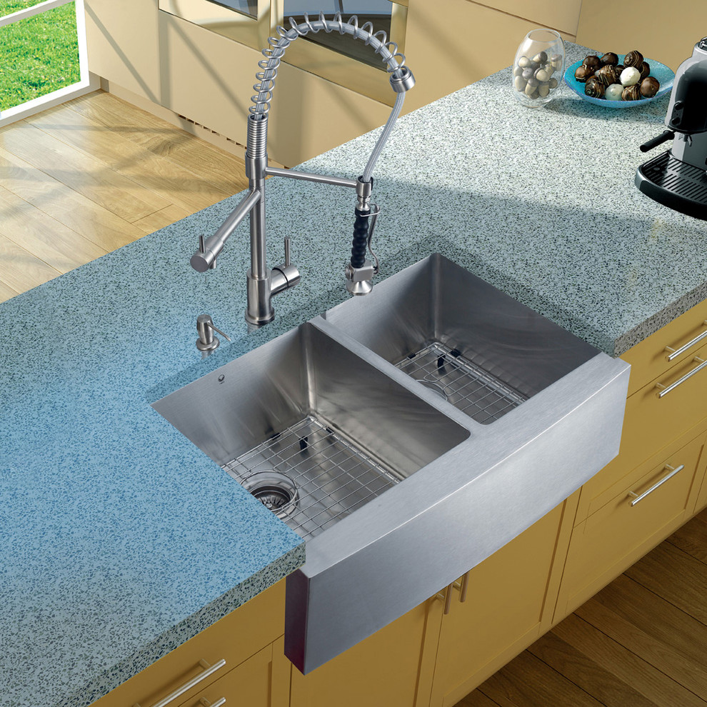 Vigo Sinks Kitchen Modern with Apron Front Sink Commercial Style Faucet Farmhouse Sink Spiral Faucet Stainless Steel