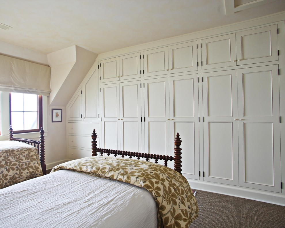 Vitamix 6000 Bedroom Traditional with Carpeting Curtain Custom Cabinets Frame and Panel Woodwork Rail Roman Shade Spindle