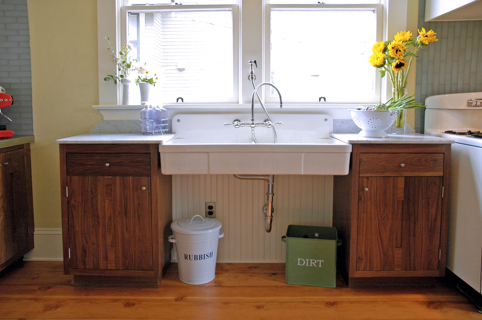Wall Mount Kitchen Faucet Kitchen Traditional with Apron Front Sink Apron Sink Beadboard Colander Dirt Bin Farmhouse Sink Fir1
