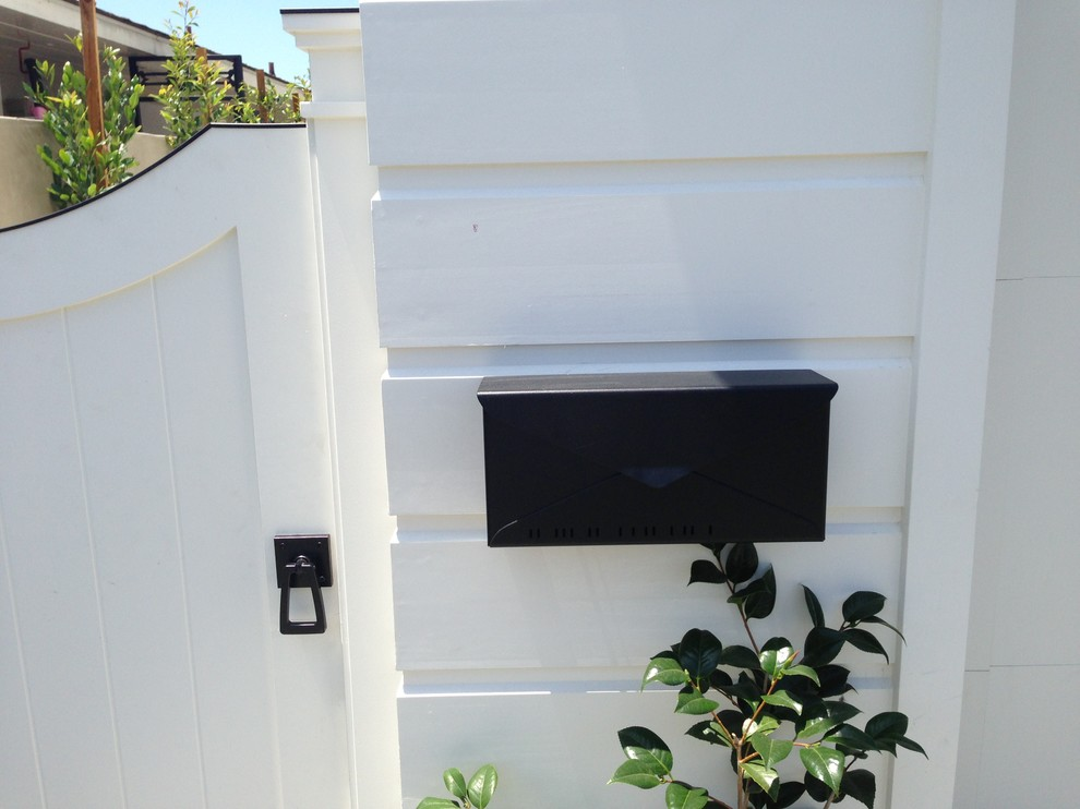 Wall Mounted Mailbox Exterior Contemporary with 360 Yardware Architectural Door Handles Black Modern Mailbox Contemporary Gate Latch Curb