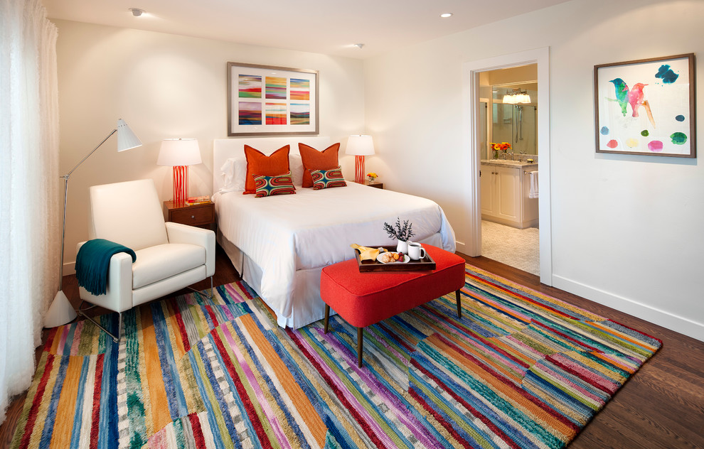 Wayfair Rugs Bedroom Traditional with Colorful Colorful Artwork Colorful Rug Comfort en Suite Guest Room Orange Lamp6