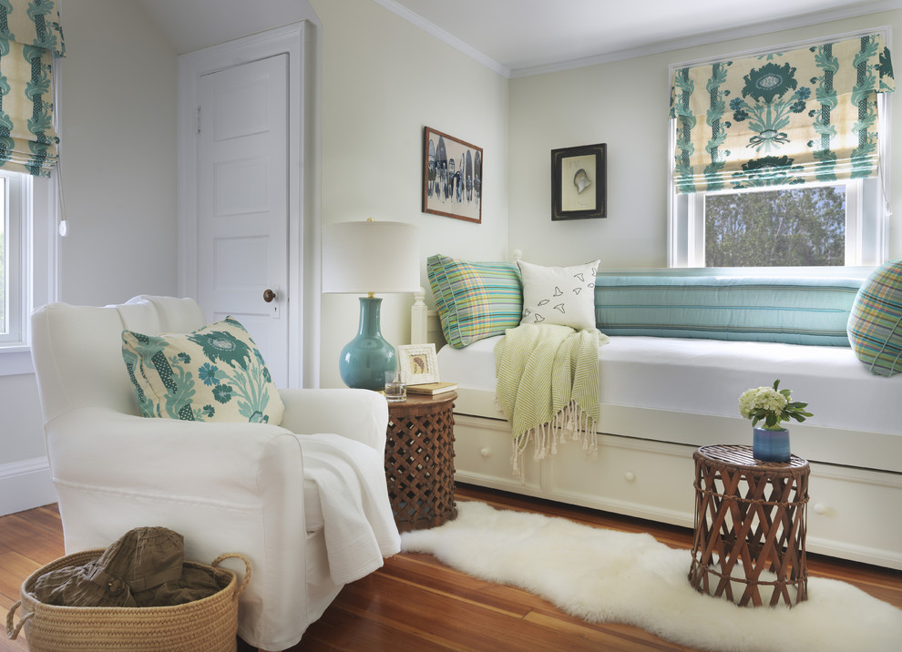 White Daybed with Trundle Bedroom Beach with Beach Cottage Bedroom Bed Pillows Blue Pattern Blue Patterned Fabric Day Bed