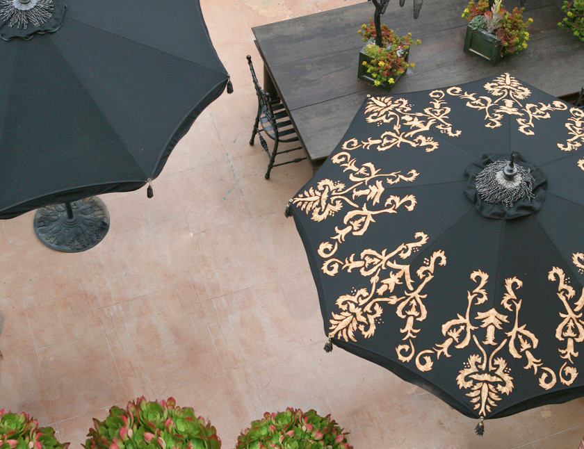 Woodard Patio Furniture Patio Traditional with Custom Patio Umbrellas Decorative Patio Umbrellas Desert Garden Hedge Row Hedgerow Lawn