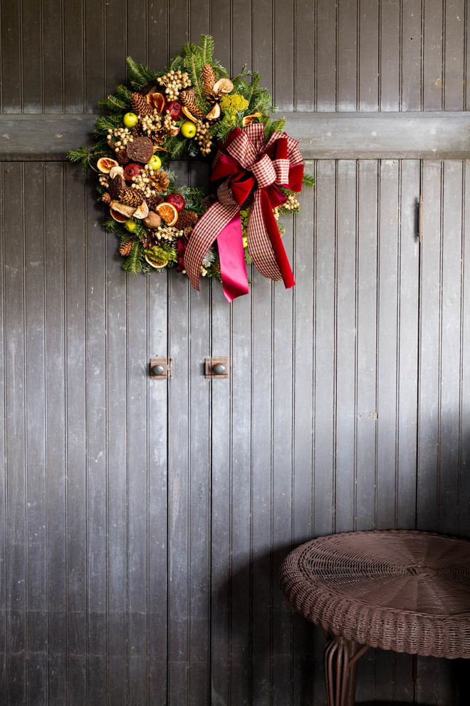 Xmas Wreaths Garage and Shed Traditional with Christmas Holiday Ribbons Winter Decor Wreath