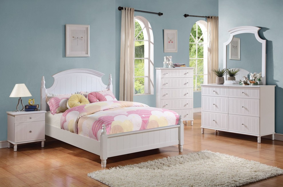 Youth Bedroom Sets Kids Traditional with Four Poster Bed Kids Bedroom Kids Beds Kids Furniture Poster Bed Traditional