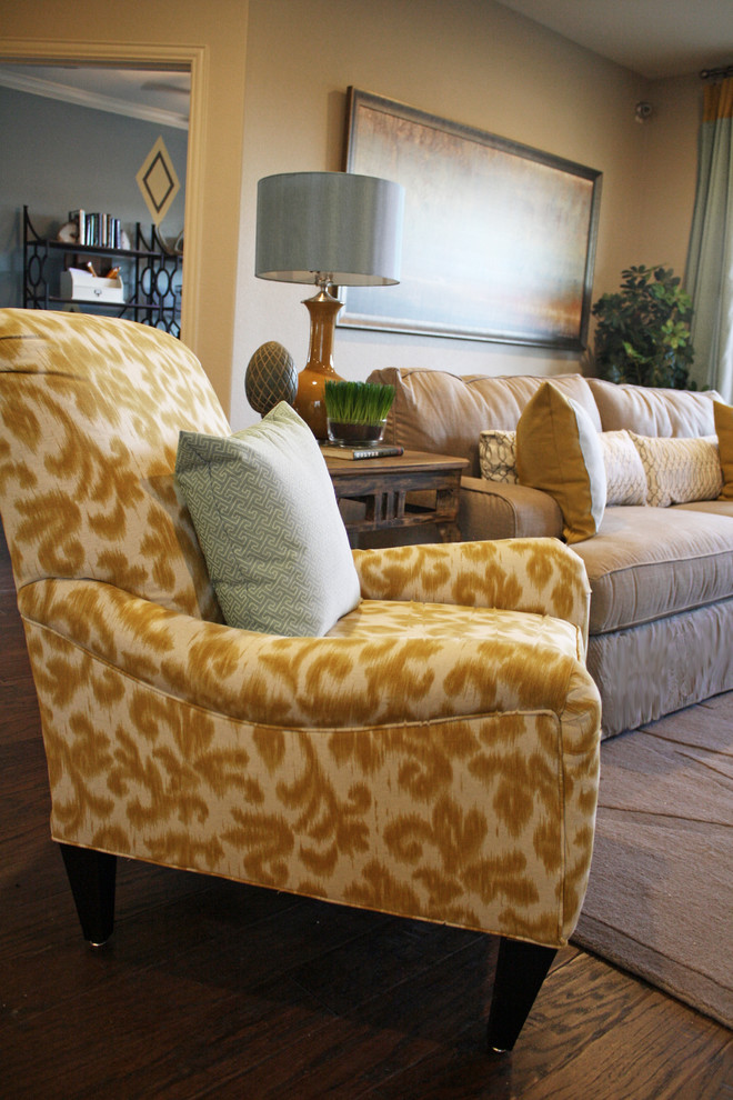 Custom Pillow Printing Family Room Traditional with Categoryfamily Roomstyletraditionallocationdallas