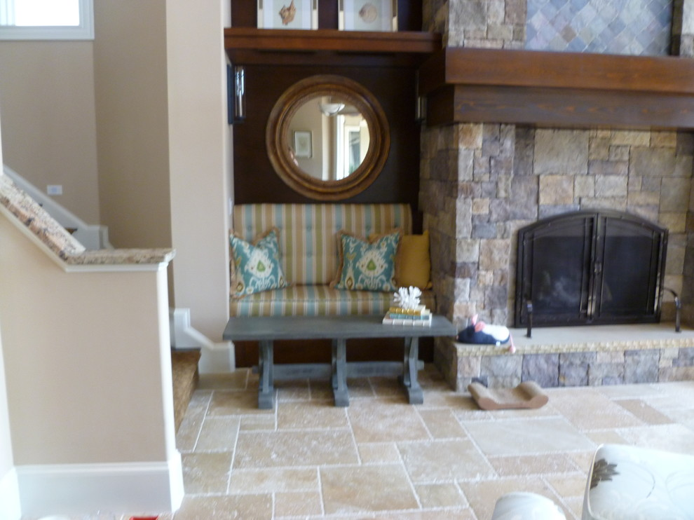 Standard Pillowcases Family Room Transitional with Bench Seating Button Back