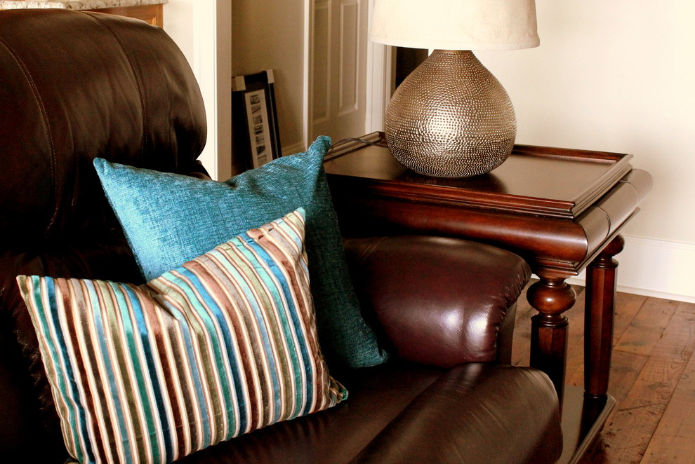 Throw Pillows For A Brown Leather Couch : throw-pillows-for-leather-couch-Living-Room-Transitional-with-accessories-blue-and-brown Foxls.com