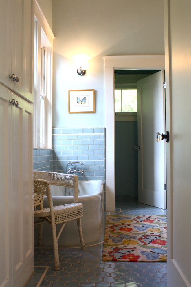 Vrbo Berkeley Ca Bathroom Traditional with Bathroom Storage Bathroom Tile