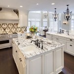 Delicatus Granite  Traditional Kitchen with Open Floor Plan