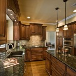 Ubatuba Granite  Traditional Kitchen with Galley
